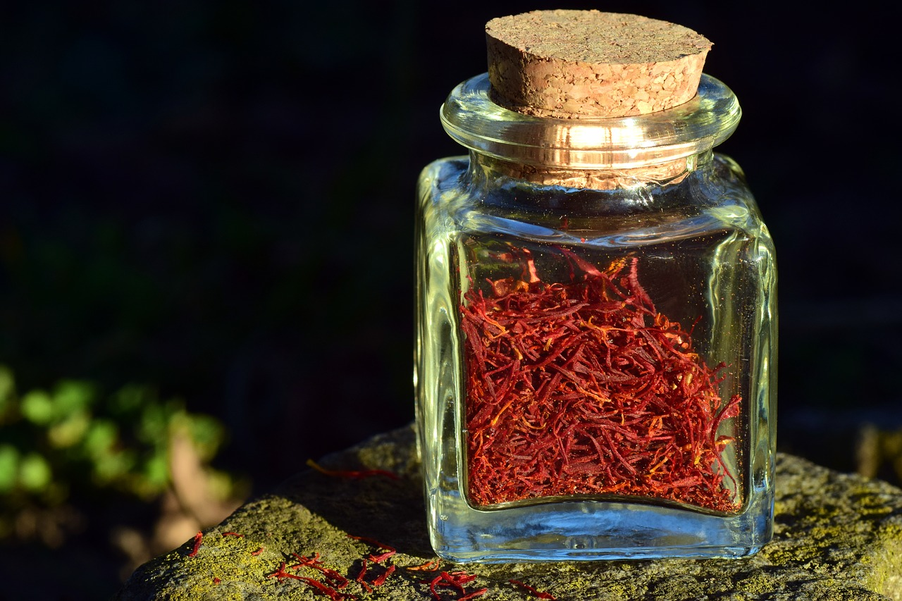 Jak dobrze używać perfum latem?